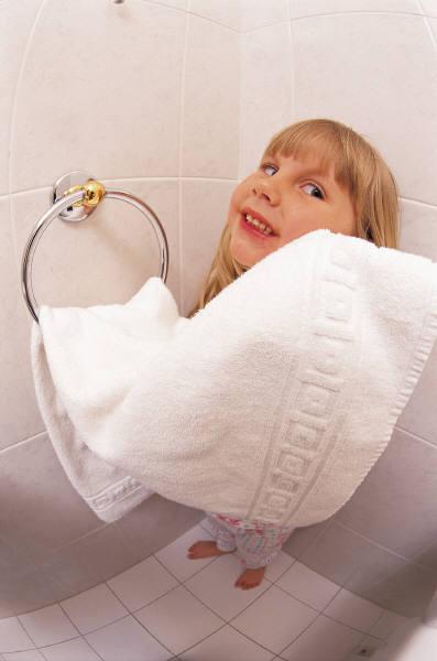 toilet_paper_girl.jpg